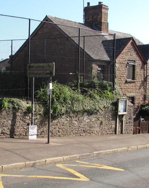 Directions sign facing Church Road, Aylburton