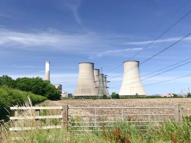 A walk around Cottam power stations (14)
