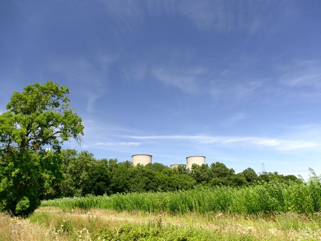 A walk around Cottam power stations (15)