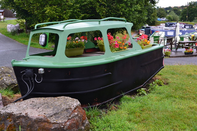 Flower pot boat