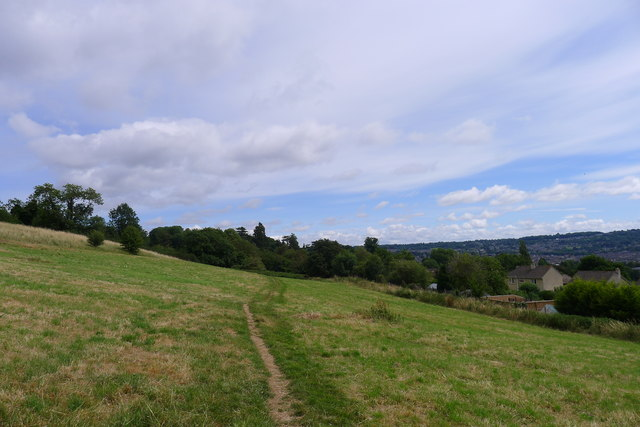 The Cotswold Way across Promrose Hill