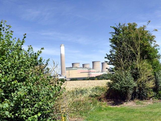A walk around Cottam power stations (17)