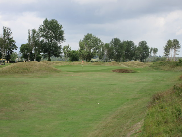 Monifieth Ashludie 14th hole, Bullhouse