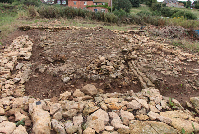 Croxton Kerrial 12thC Medieval Manor House: excavations (5)