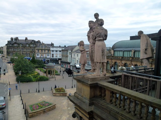 Figures overlooking Station Square in Harrogate