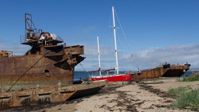 Vessels beside Inverbreakie Pier, Balblair