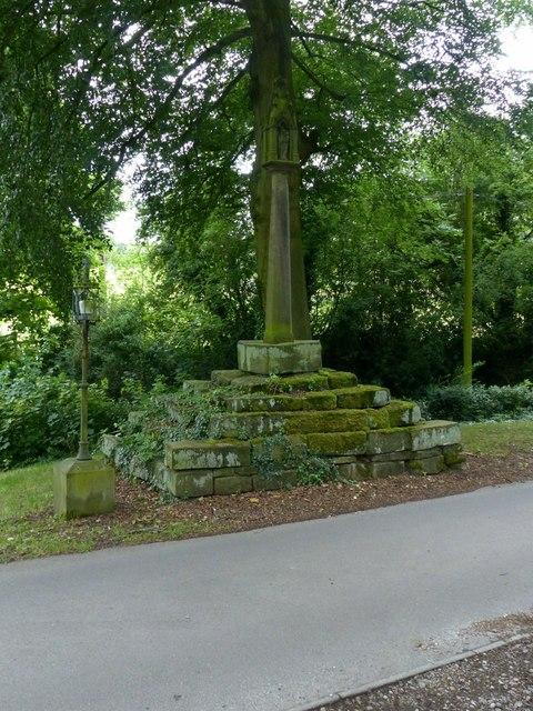 Morley village cross