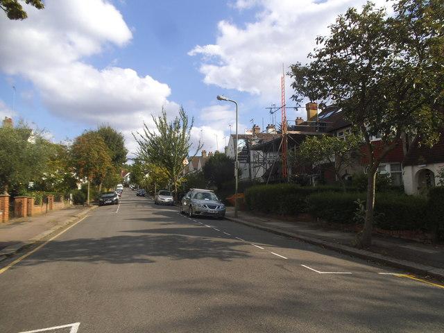 Llanvanor Road, Childs Hill