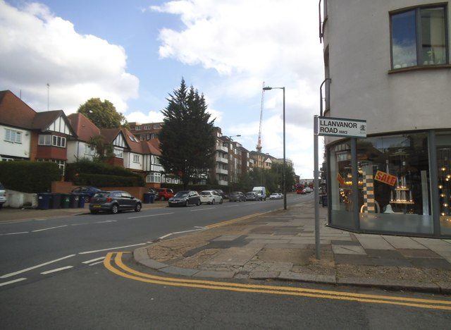 Llanvanor Road at the junction of Finchley Road