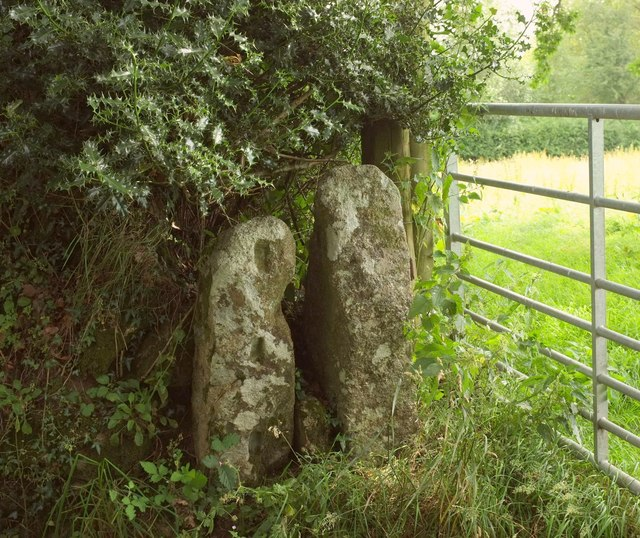 Two gateposts, Gidleigh
