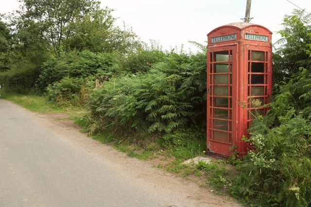 Telephone box, Gidleigh