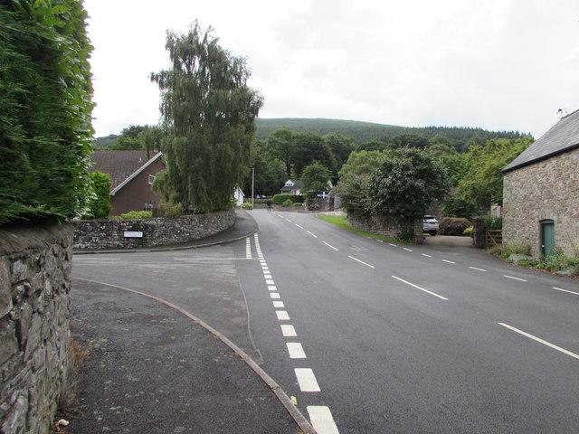 Junction of Derwen Deg Close and Derwen Deg, Govilon