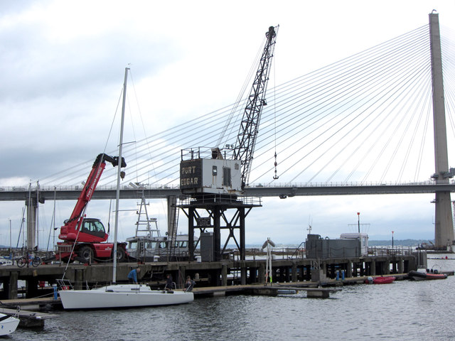 Crane at Port Edgar Marina