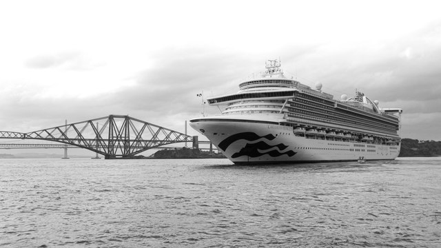 Cruise liner at the Forth Bridge