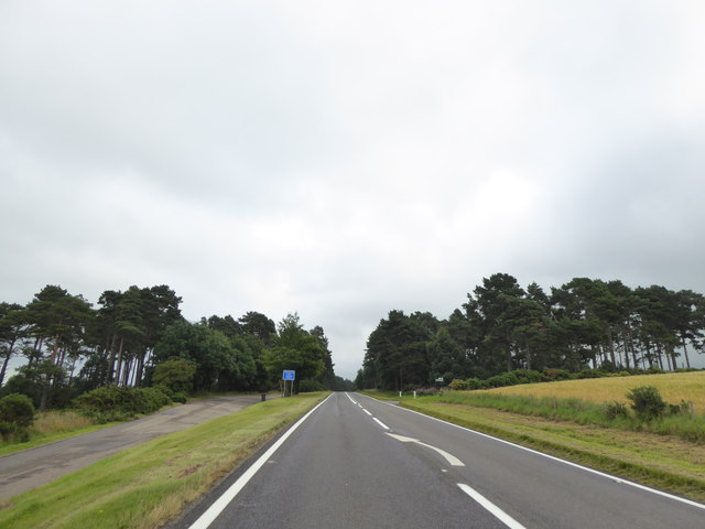 A96 approaching Alves Wood