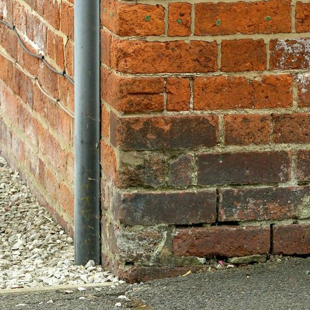 Bench mark, 68 Station Road, Stanley