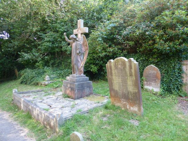 An evening visit to St Mary Lamberhurst (d)