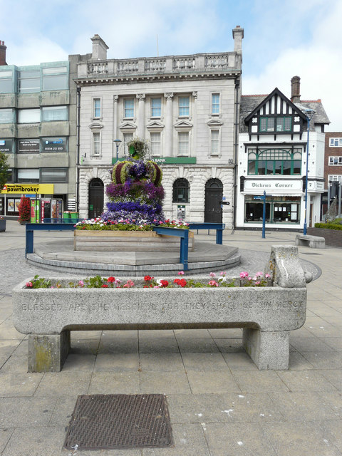 Floral crown, Market Square
