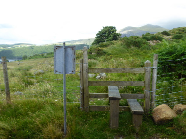 Stile on the footpath crossing the Snowdon Mountain Railway at Cuenant Bach