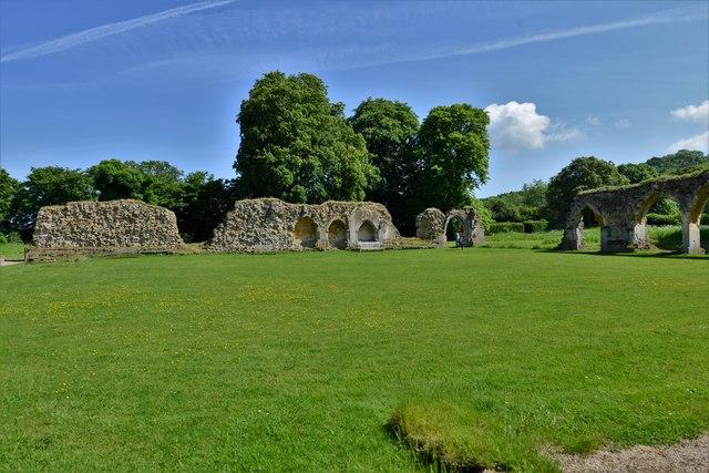 Hailes Abbey: Looking towards the North Cloister Walk