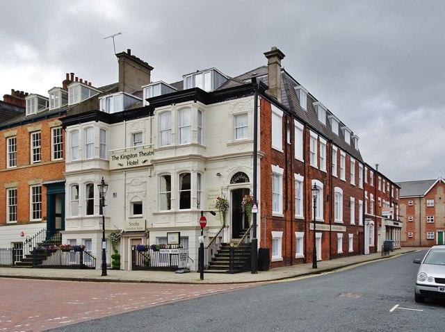 Kingston Square, Kingston upon Hull