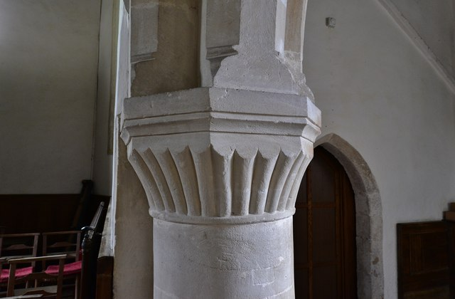 Little Barrington, St. Peter's Church: Norman scalloped capitals in the nave