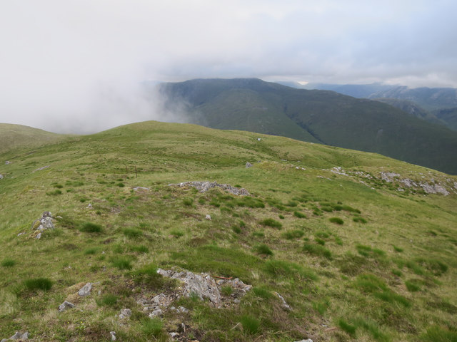 Broad ridge east of Fraochaidh