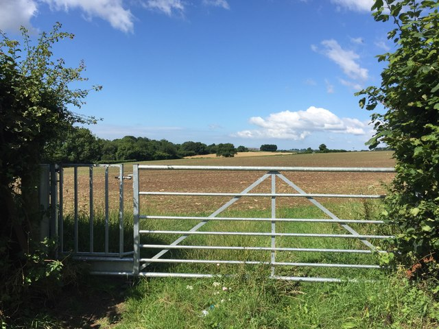 Farm Gate with Footpath Access