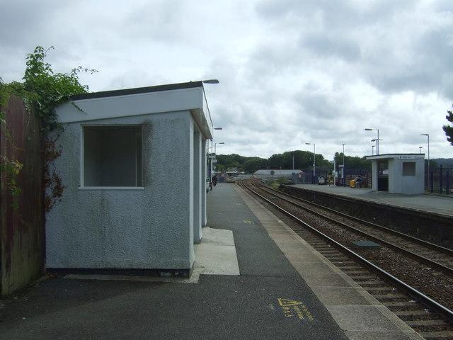 Shelter on Platform 1, Hayle Railway Station