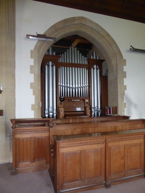 St. Peter, Stonegate: organ