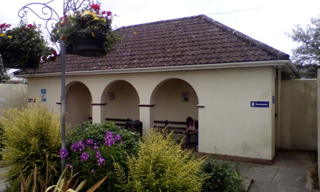 Public toilets with sheltered benches, Sidford
