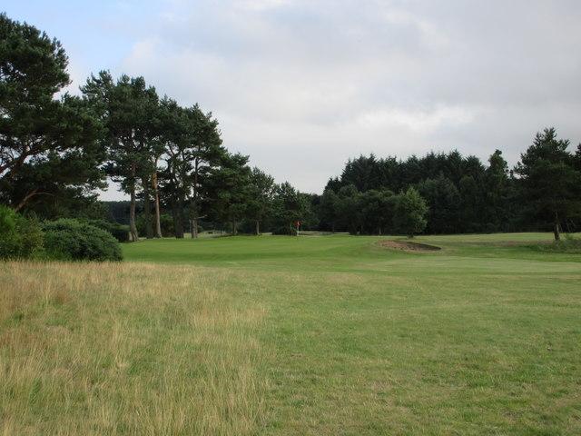 Scotscraig Golf Course, 17th hole, Road