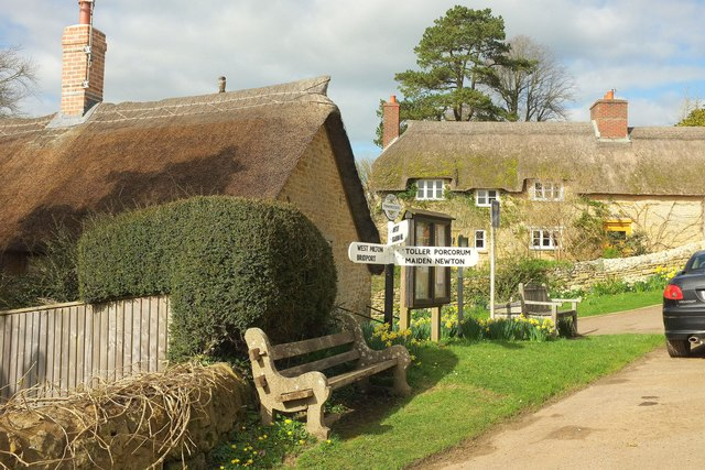 Thatched cottages at Powerstock