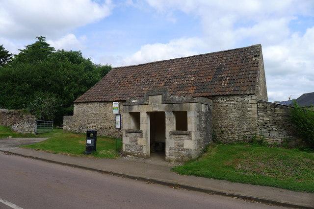Bus stop shelter, Church Road, Tormarton