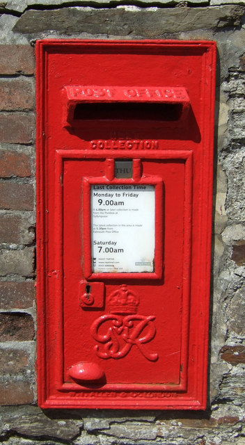 George VI postbox on Melvill Road, Falmouth