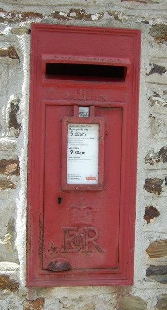 Elizabeth II postbox, Gweek Post Office