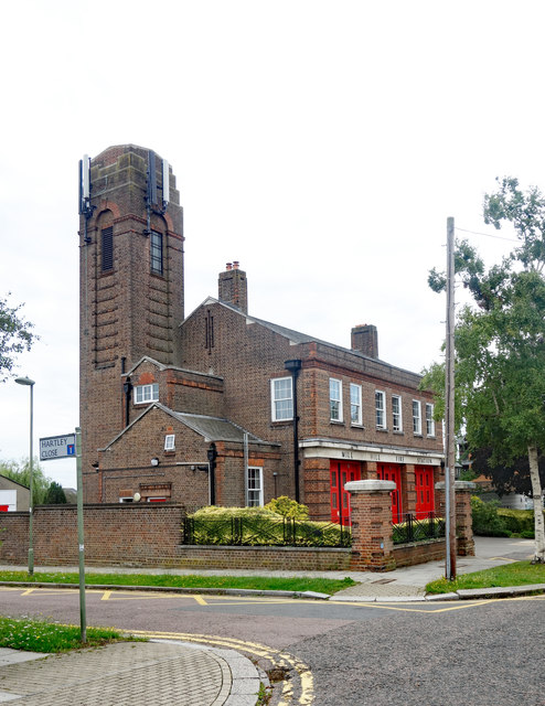 Mill Hill fire station, Hartley Avenue