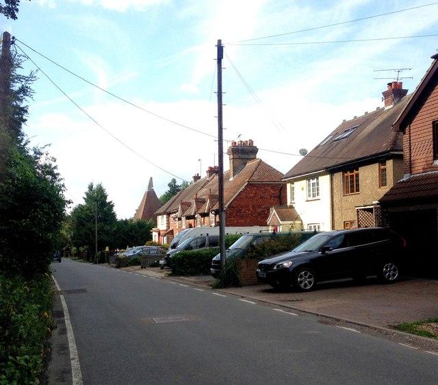 Capstone Road, Capstone