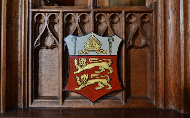 Purton, St. Mary's Church: Coat of Arms on the c19th oak pulpit 1