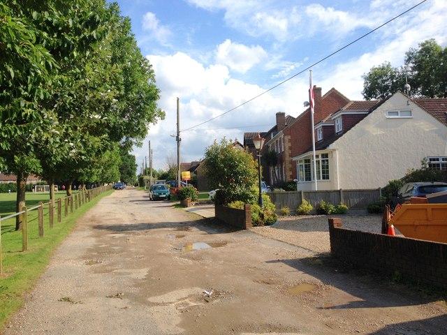 Harrow Road, Hempstead