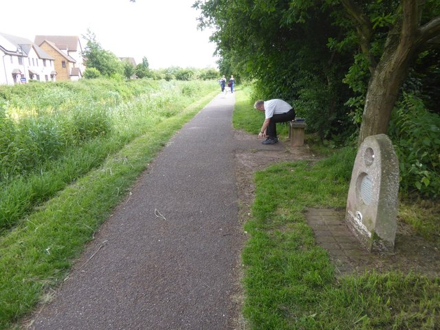Canal towpath opposite Maidenbrook, passing Neptune
