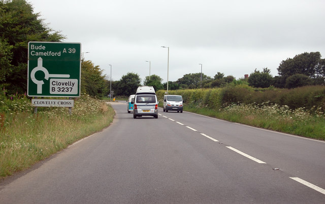 A39 approaching Clovelly Cross roundabout