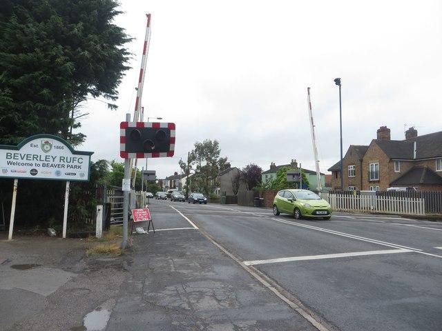 Level Crossing, Norwood, Beverley