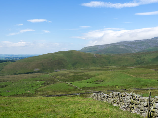 Dry stone wall on Flagdaw