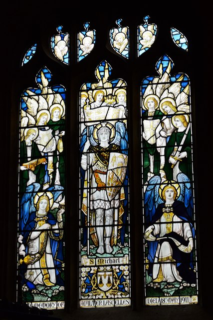 Bishops Cleeve, St. Michael and All Angels Church: Stained glass window 4
