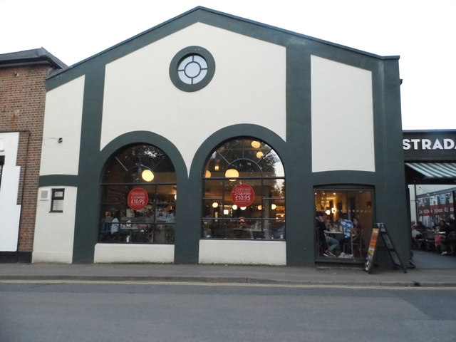 Strada restaurant, Harpenden