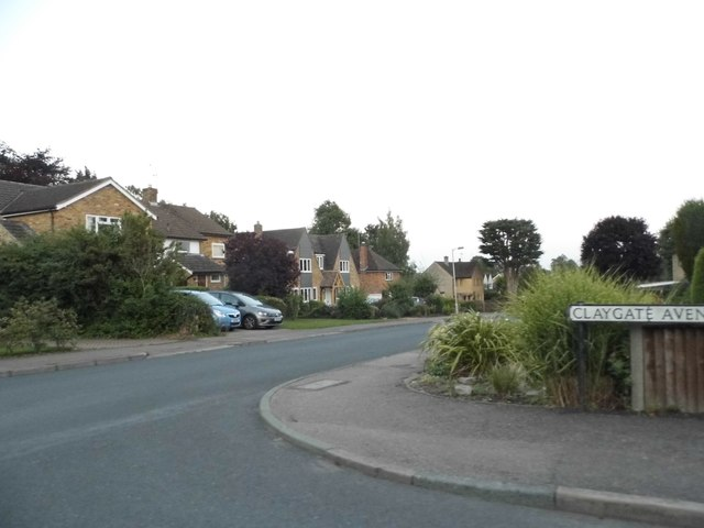 Alders End Lane at the junction of Claygate Avenue