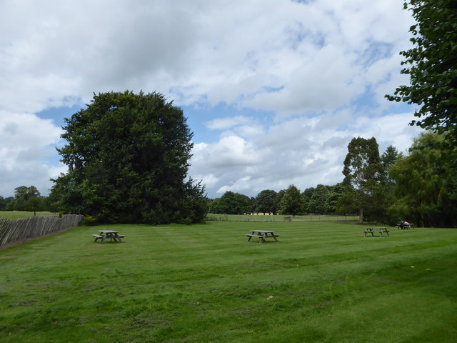 Pic-nic tables at Penshurst Place