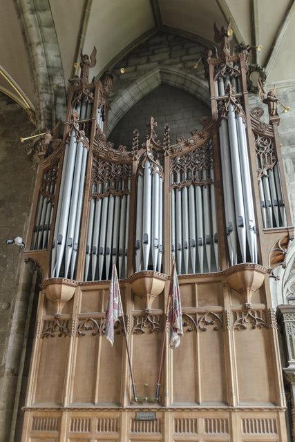 Organ, St Mary's church, Warwick