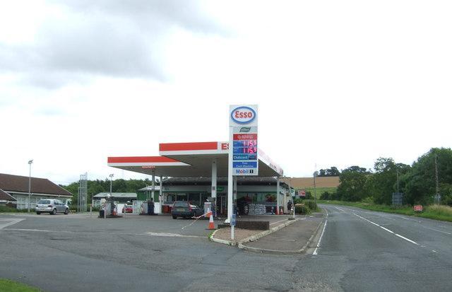 Service station on the A6106